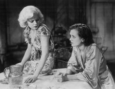 A Mythical Monkey writes about the movies: Best Actress Of 1932-33 (Comedy/Musical): Jean Harlow (Red Dust, Dinner At Eight and Bombshell), Part One