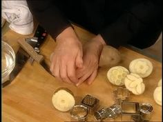 Watch Martha Stewart's How to Make Potato Stamps Video. Get more step-by-step instructions and how to's from Martha Stewart.