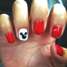 Mickey Mouse nail design for Disney!
