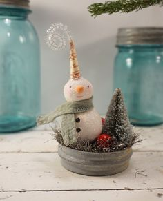 Snowman // Christmas Decoration // Folk Art // Cottage Chic //