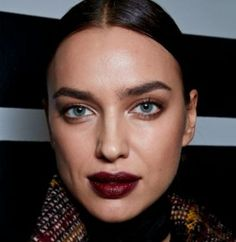 Irina Shayk: A dark and mysterious makeup look for Bottega Veneta