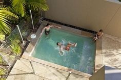 modern house plunge pool courtyard - Google Search