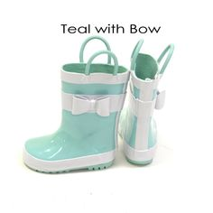Adorable rain boots your little explorers! Available in Toddler size 4 to Little kids size 12!