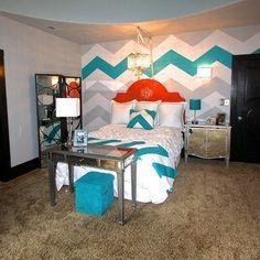 chevron girls bedrooms on pinterest chevron bedroom walls girls bedroom and bedrooms. Black Bedroom Furniture Sets. Home Design Ideas