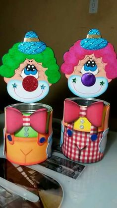 reciclando Foam Crafts, Diy And Crafts, Paper Crafts, Circus Theme, Circus Party, Diy For Kids, Crafts For Kids, Easter Bunny Colouring, Clown Party