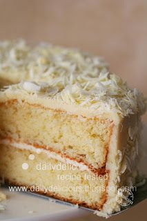 dailydelicious: Rose water and white chocolate gateau: For the white chocolate lover...