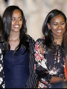 First daughters MaliaObama &Sasha Obama