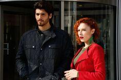 Man Bun, Turkish Actors, Candid, The Man, Tv Series, Tv Shows, Leather Jacket, Photoshoot, Artists