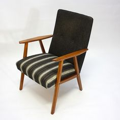 Norwegian lifestyle and vintage design! Vintage Designs, Accent Chairs, Designers, Retro, Furniture, Home Decor, Upholstered Chairs, Neo Traditional, Rustic