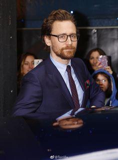 Tom Hiddleston at the Early Man World Premiere, BFI IMAX London, 14.1.2018 Via http://photo.weibo.com/1846858632/talbum/detail/photo_id/4196229353784031#4196229353397032
