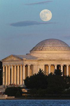 Super Moon over the Jefferson Memorial, 6-22-2013.