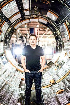 9-10. Вдохновляють такие люди, как Илон Маск. Он огромный молодец с большой силой воли и целеустремленностью. Совсем не про стиль.