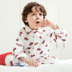 Pixie Dixie: these mini cooper print pyjamas are perfect for the young lover of cars. Kids Pjs, Boys Pajamas, Childrens Gifts, Cotton Pyjamas, Icon Design, Little Ones, Pixie, Shirt Designs, Cars