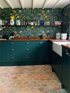 Nov 11, 2019 - Interior designer Sophie Robinson looks at research about happiness in the home and how it can achieved with five steps#kitchenideas Dark Green Kitchen, New Kitchen, Kitchen Decor, Tiles For Kitchen, Green Kitchen Cupboards, Colorful Kitchen Cabinets, Green Country Kitchen, Bright Kitchen Colors, Country Kitchen Tiles