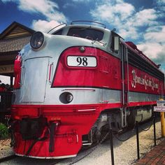 Great photo of the Branson Scenic Railway by our Instagram friend @fes0610. Thanks for sharing! #ItsMyShow #Branson