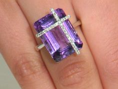 Estate 14.93 ct Amethyst & 0.16 ctw Diamond 18K White Gold Ring Approx.Wt. size 7.