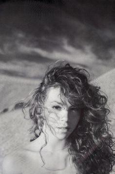 Mariah Carey in the Mariah Carey 1990, Mariah Carey Pictures, 90s Hairstyles, Celebrity Portraits, She Song, Female Singers, Celebs, Celebrities, Kinds Of Music