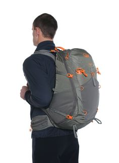 Lowe Alpine Eclipse 35. This might finally be the replacement of my old and faithful Deuter Trans Alpine 30.