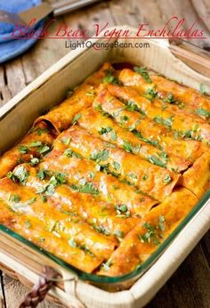 Black Bean Vegan Enchiladas || They are packed with complex flavors, plenty of nutrition and antioxidants from the black beans, tomatoes, and garlic, et al.