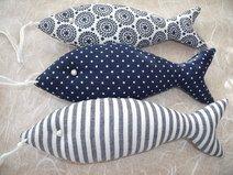 3  Deko-Fische in blau/weiß....