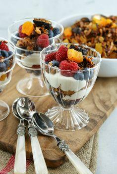 Authentic Suburban Gourmet: Greek Yogurt Handmade Granola Parfait + Tillamook Farmstyle Brunch Highlights