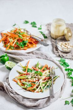 Raw pad thai salad recipe - gluten free sugar free and dairy free recipe. Retreat // Food and lifestyle blog based in Sussex. Photography by Emma Gutteridge.