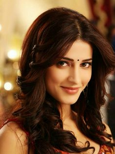 Shruti Hassan Beautiful Girl Indian, Beautiful Indian Actress, Beautiful Actresses, Shruti Hassan, South Indian Actress, Celebs, Celebrities, Pretty Face, Indian Beauty