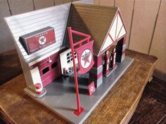 Texaco Old Timer collection Vintage Toy Service Station Retro Garage Display Toy Garage, Texaco, Vintage Toys, Toy Chest, Display, Scale Model, Retro, Storage, Projects