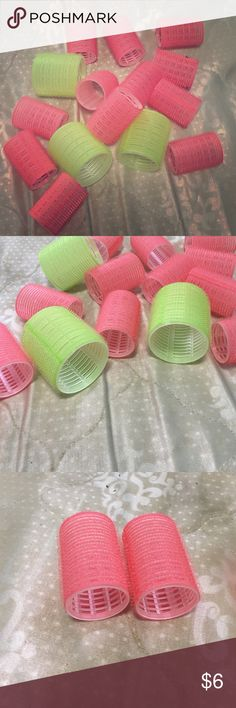New Velcro Rollers New medium & large rollers. Not used and in great condition. Grips hair tightly. Works on all hair types. Smaller rollers give a nice bouncy curl. Larger rollers give bouncy waves. 12 medium rollers (pink) and 3 big rollers (green) included. Accessories Hair Accessories