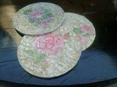 DIY POSAVASOS CON CDS ( técnica decoupage ) / Coasters with cd's