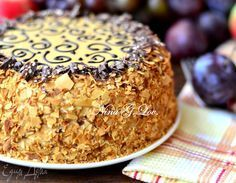 Удивлять этим тортиком никого не буду, но хочу поделиться своим, проверенным и безумно вкусным, рецептом! Готовила его очень много раз, так как это легко, быстро и оооооочень вкусно!