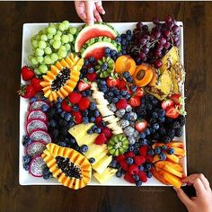 Fruit table Which one you choose? . By: @eatwithfingers