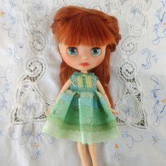 Blythe dress, Blythe clothes, green outfit for Neo Blythe Nice Dresses, Barbie, Dolls, Green, Handmade, Etsy, Outfits, Clothes, Baby Dolls