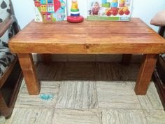 Kids Pallet Table and Toy Chest | 99 Pallets