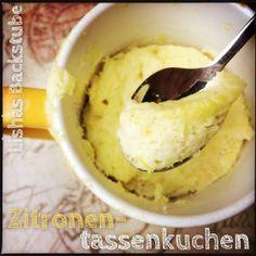 Zitronentassenkuchen  #zitronentassenkuchen #tassenkuchen #mugcake #zitrone #zitronen #zitronensaft #lemon #zitronenschale #einfach #schnell #food #foodblog #foodblogger #blog #blogger #backen #mikrowelle #microwave #adventskalender #weihnachten #christmas #xmas #backstubenadventskalender #lishasbackstube
