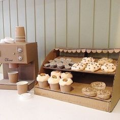Think the old cake display is in need of an upgrade it's seen one to many cafe melt downs. I better make the next one with reinforced walls. Cardboard Kitchen, Cardboard Box Crafts, Cardboard Toys, Cardboard Playhouse, Cardboard Furniture, Diy For Kids, Crafts For Kids, Cardboard Costume, Diy Karton