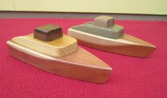 Wooden toy boat No.13 natural wood cruiser