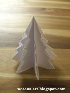 DIY paper Christmas tree tutorial - how to make a mini paper Christmas tree