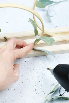 Diy Upcycling, Upcycle, Diy Wreath, Deco, Diy Blog, Merry Christmas, Bloom, Holiday, Plants