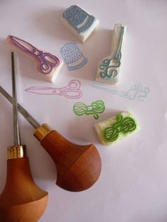 Tampons en gomme - Keshigomu hanko -  Rubber Stamps Make Your Own Stamp, Eraser Stamp, Linoleum Block Printing, Stencils, Handmade Stamps, Tampons, Mark Making, Diy Paper, Print Ideas