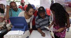Venezuela celebra elecciones legislativas. Visite nuestra página y sea parte de nuestra conversación: http://www.namnewsnetwork.org/v3/spanish/index.php  #nnn #bernama #venezuela #elecciones #caracas #parlamentarias #democracia #asamblea