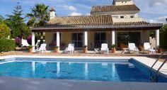 4 Bed Villa in Parcelas del Golf, Nueva Andalucia