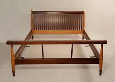 Finn Juhl Full Size Sculpted Maple and Walnut Bed Frame | 1stdibs.com
