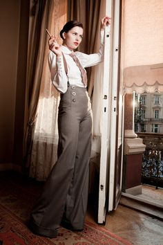 32903_39-Lena-Hoschek-AW10 by shirtandtielover, via Flickr