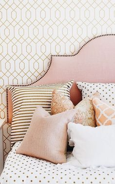 LOVE THE GORGEOUS, SOFT, SOFT PINK HEADBOARD, WHICH LOOKS SIMPLY STUNNING, WITH THE GLORIOUS MIX OF CUSHIONS! ⚜