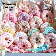 felt fabric crafts Felt crafts for beginners - box of donuts with beaded detail and kawaii faces Felt Crafts Diy, Foam Crafts, Felt Diy, Handmade Felt, Fabric Crafts, Sewing Crafts, Crafts For Kids, Felt Crafts Dolls, Kawaii Felt