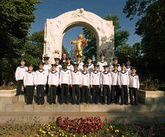 Wiener Sängerknaben singen in Lebring Vienna Austria, Chor, Catholic, Roman Catholic