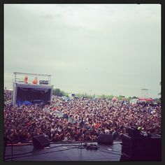 A great looking crowd at Downsview Park for Edgefest this year. The Office, Nashville, Crowd, Dolores Park, Building, Summer, Travel, Life, Summer Time