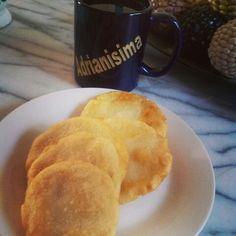 Sabes que eres de #Colima cuando desayunas sopitos de manteca y café...