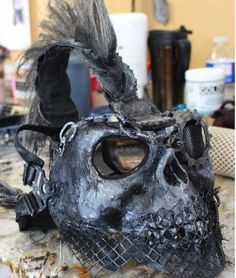 Mask w/ Crest